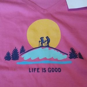Women's Sz Med T-shirt Life is Good Hikers Sun